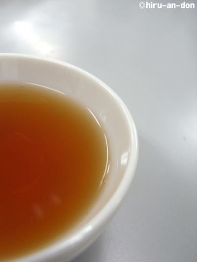 べにふうき紅茶 水色