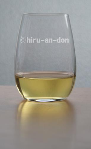 RIEDELのグラスで台湾茶を