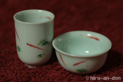 金魚の聞香杯と茶杯のセット