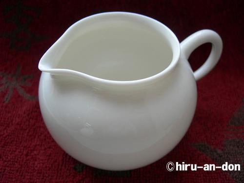 茶香好友の白磁茶器セットの茶海