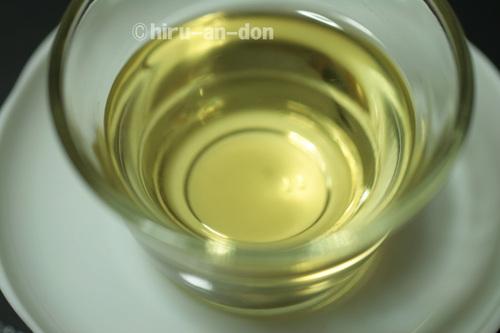 名間の翠玉茶 水色