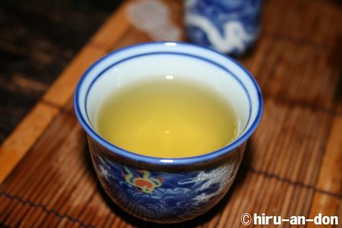 蘇茶師のお友達の梨山茶