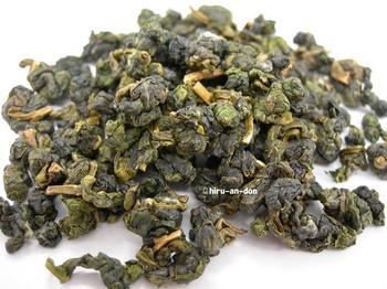 花蓮の高茶師の天鶴金萱茶
